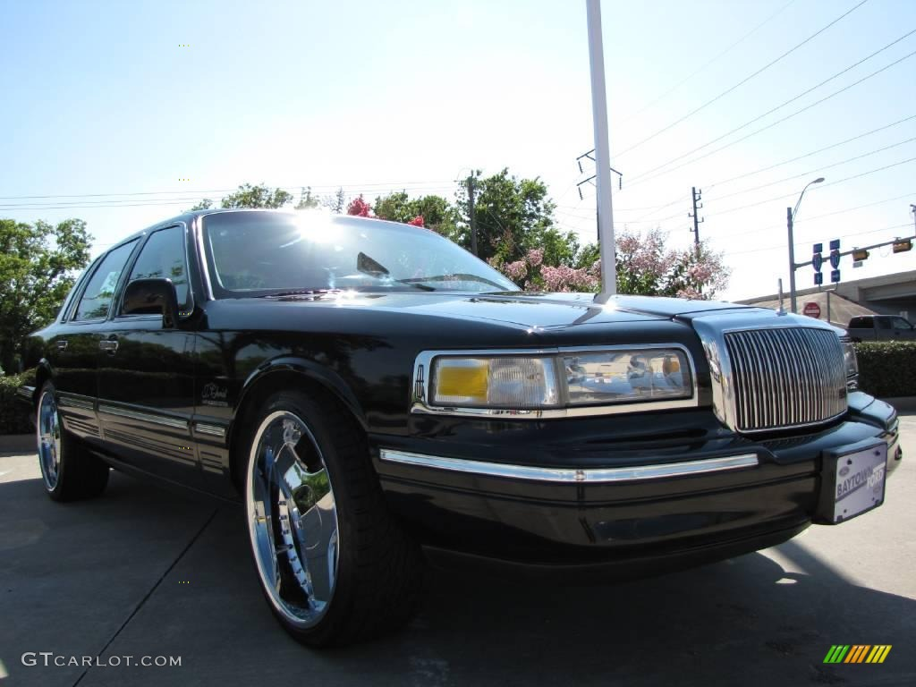 1997 Black Lincoln Town Car Executive 12038022 Gtcarlot Com Car