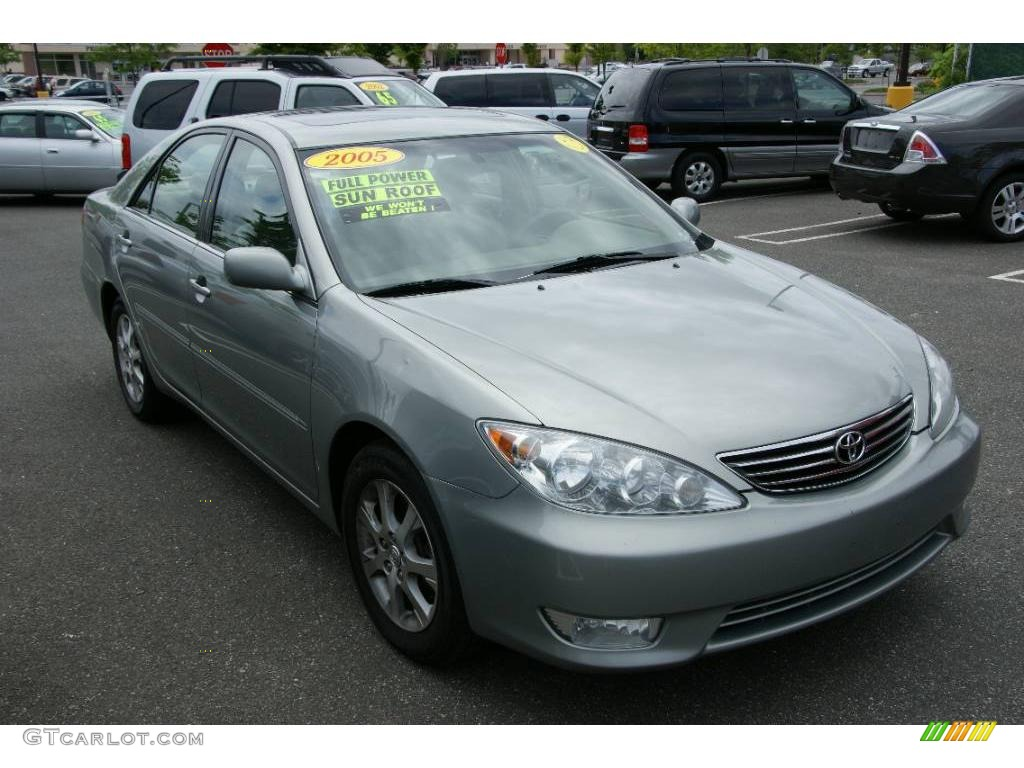 2005 mineral green opalescent toyota camry xle v6 12104440 photo 3 car color. Black Bedroom Furniture Sets. Home Design Ideas