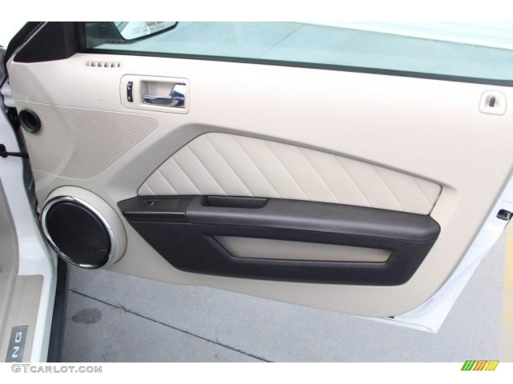 2011 Mustang V6 Premium Coupe - Performance White / Stone photo #22