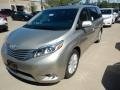 Creme Brulee Mica 2017 Toyota Sienna Limited AWD
