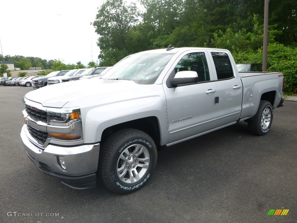 2018 silver ice metallic chevrolet silverado 1500 lt double cab 4x4 121734807. Black Bedroom Furniture Sets. Home Design Ideas