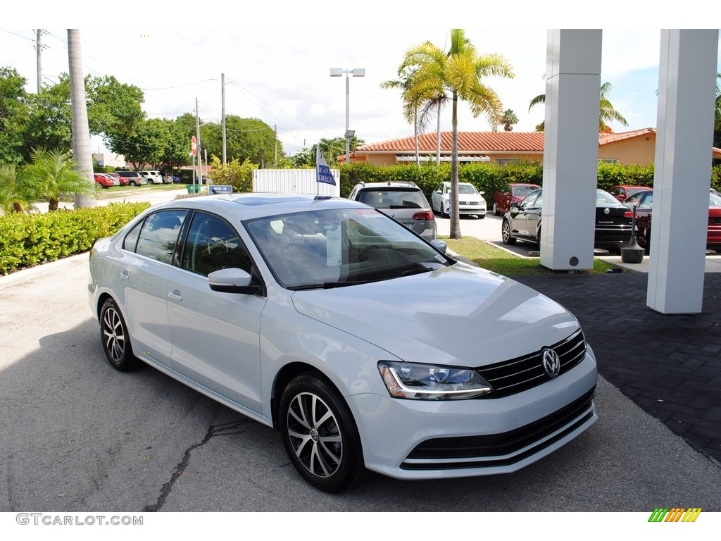 2017 White Silver Volkswagen Jetta Se 122153610 Gtcarlot Com Car Color Galleries