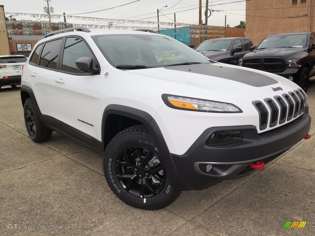 Jeep Cherokee White And Black >> 2018 Bright White Jeep Cherokee Trailhawk 4x4 #122540369 ...