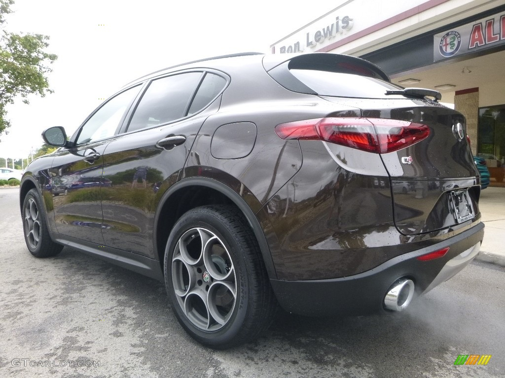 2018 Basalto Brown Metallic Alfa Romeo Stelvio Sport Awd 122742110