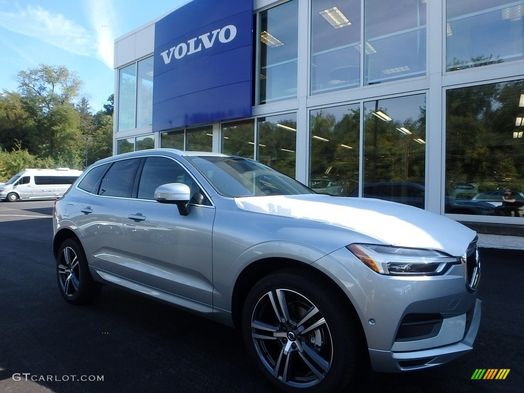 2018 bright silver metallic volvo xc60 t5 awd momentum. Black Bedroom Furniture Sets. Home Design Ideas