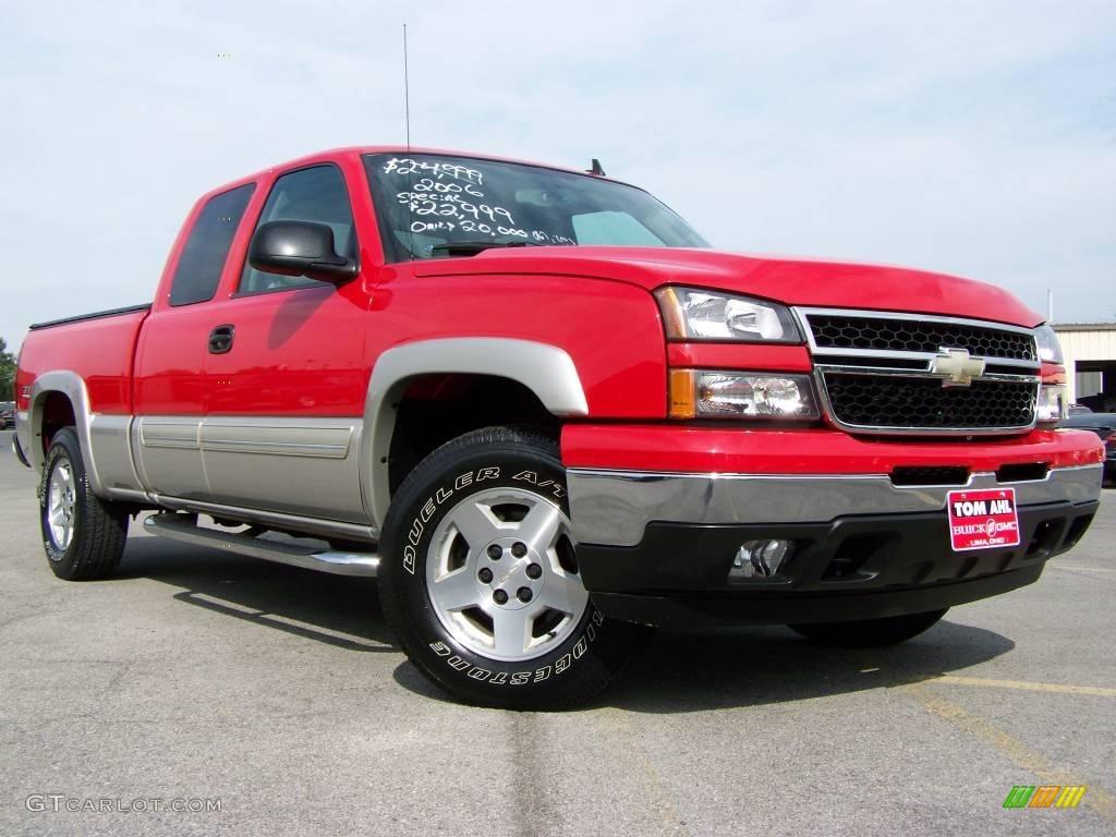 2006 Silverado 1500 LS Extended Cab 4x4 - Victory Red / Medium Gray photo #1