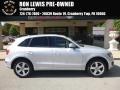 Ice Silver Metallic 2010 Audi Q5 3.2 quattro