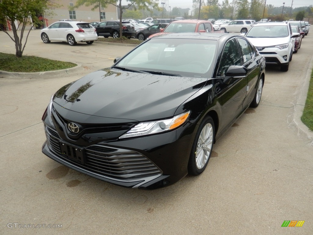 2018 midnight black metallic toyota camry xle 123234411 photo 3 car color for 2018 toyota camry interior colors