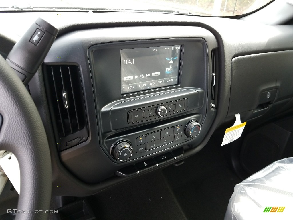 2018 Silverado 1500 Custom Crew Cab 4x4 - Black / Dark Ash/Jet Black photo #10