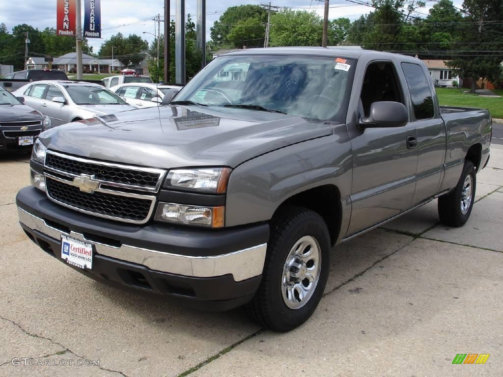 2006 Silverado 1500 LS Extended Cab 4x4 - Graystone Metallic / Dark Charcoal photo #1