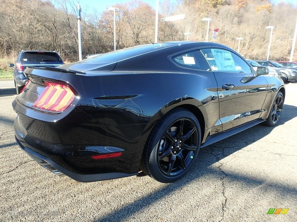 2018 Mustang GT Fastback - Shadow Black / Ebony photo #2