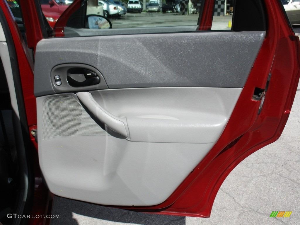 2005 Focus ZXW SES Wagon - Infra-Red / Dark Flint/Light Flint photo #17