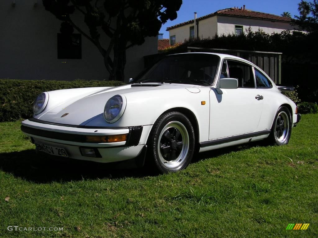 1985 grand prix white porsche 911 carrera coupe 12424956 car color galleries. Black Bedroom Furniture Sets. Home Design Ideas