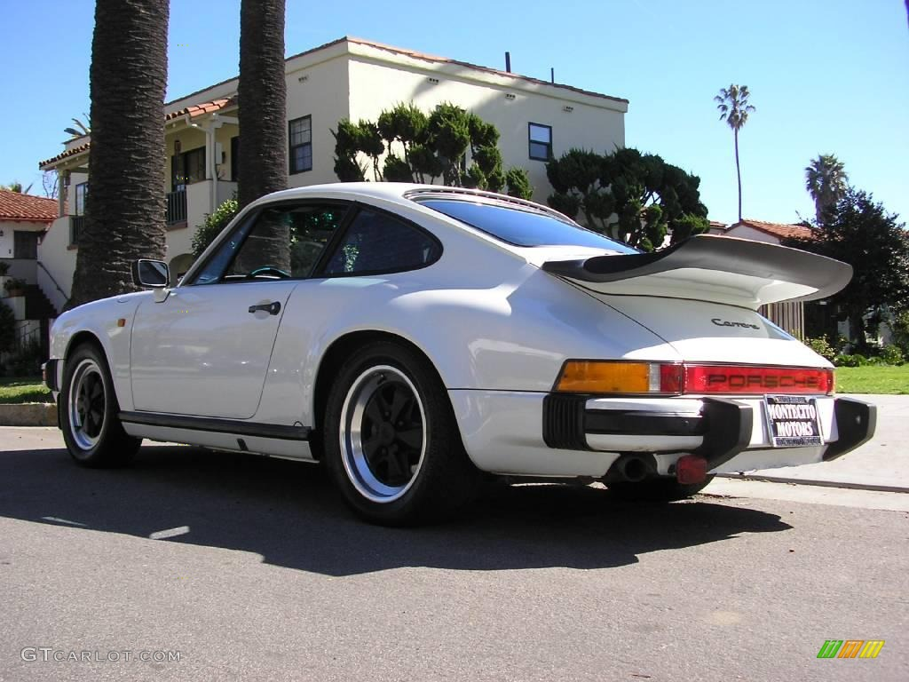 1985 grand prix white porsche 911 carrera coupe 12424956. Black Bedroom Furniture Sets. Home Design Ideas