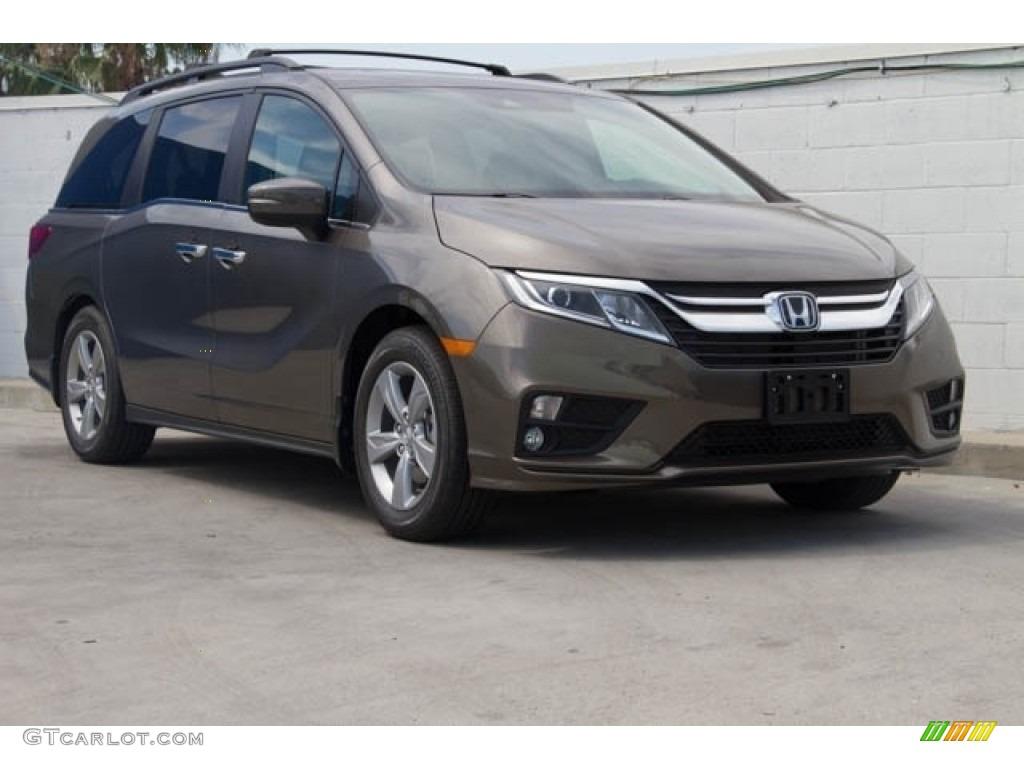 Pacific Pewter Metallic Honda Odyssey