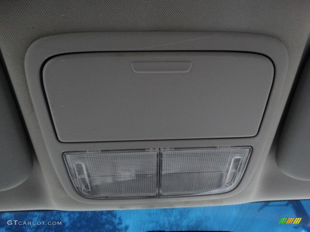 2011 CR-V SE 4WD - Taffeta White / Black photo #26
