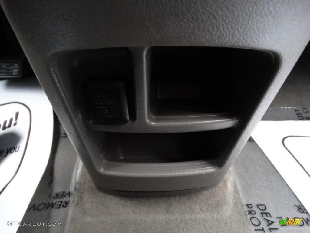 2011 CR-V SE 4WD - Taffeta White / Black photo #30