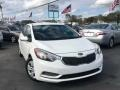 Snow White Pearl 2016 Kia Forte LX Sedan