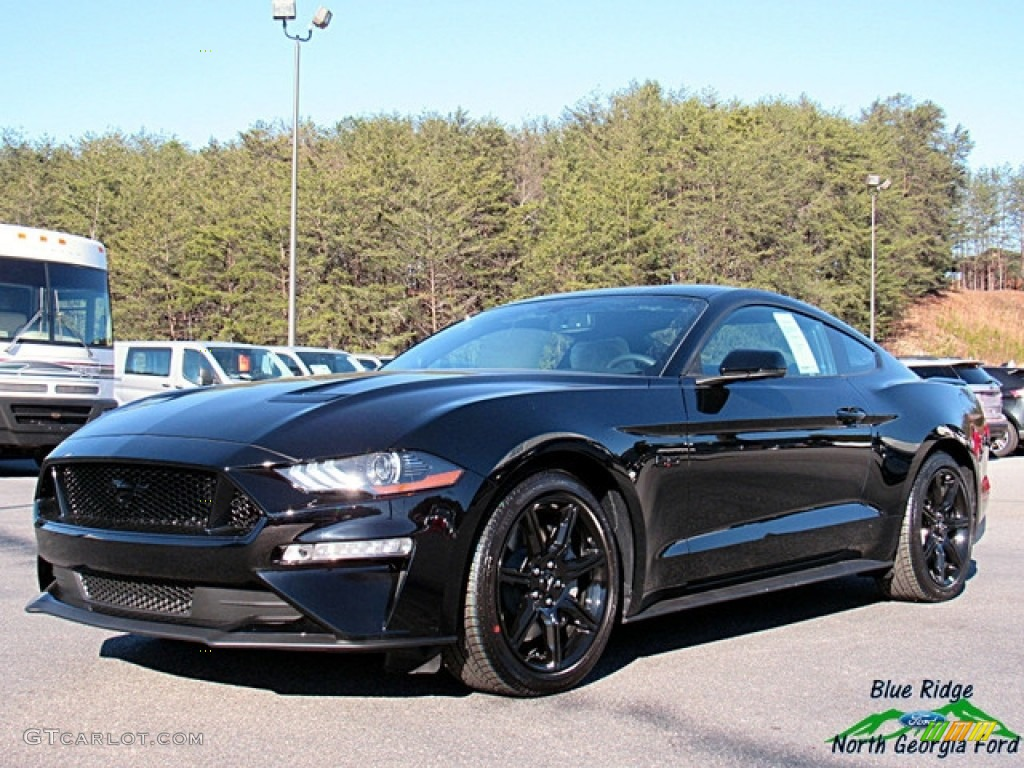 2018 shadow black ford mustang gt premium fastback 124757888