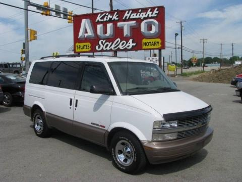 2001 Chevrolet Astro LS AWD Passenger Van Data, Info and Specs