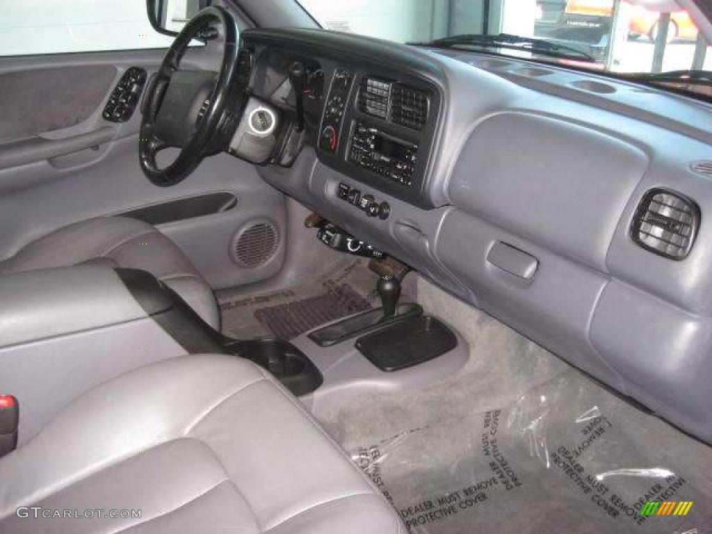 on 2002 Dodge Durango White
