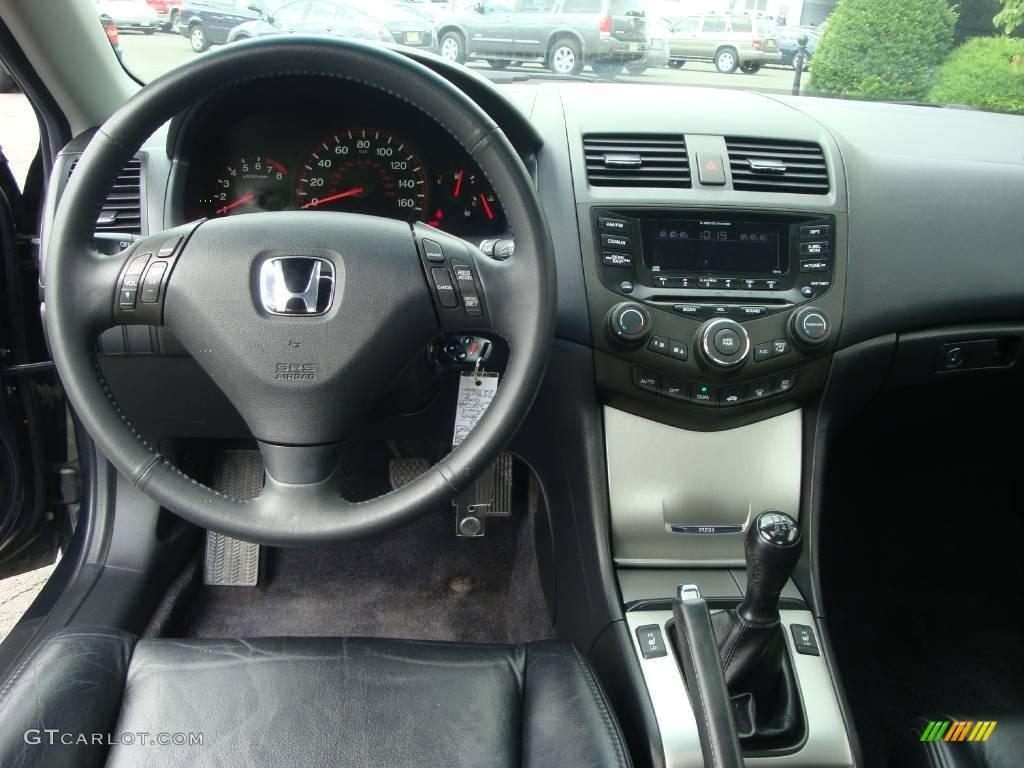 2003 Honda Accord EX L Coupe Dashboard Photos