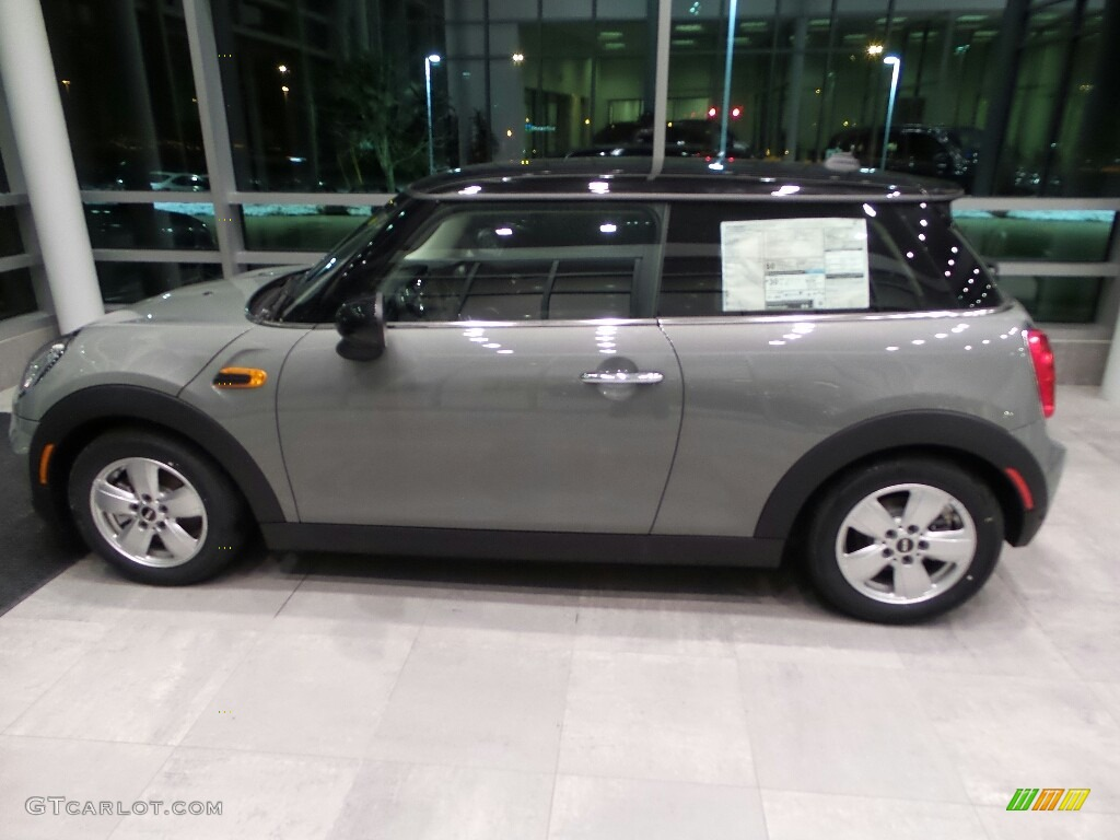 2018 Moonwalk Grey Metallic Mini Hardtop Cooper 2 Door 125403761
