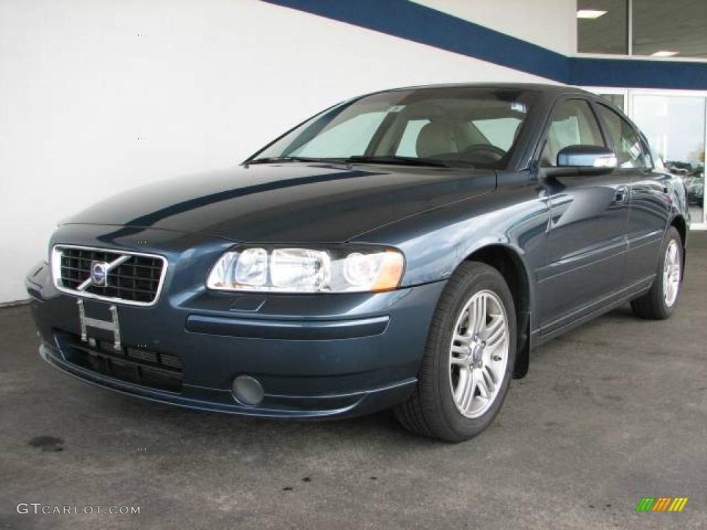 2008 barents blue metallic volvo s60 2 5t 12518215. Black Bedroom Furniture Sets. Home Design Ideas