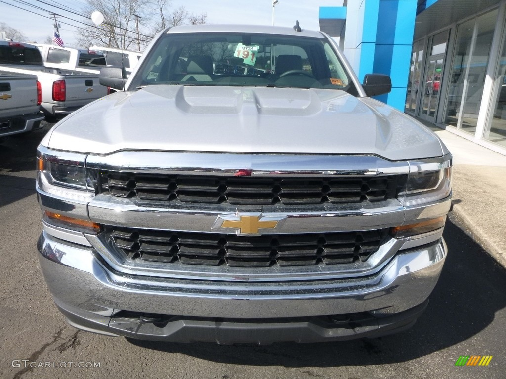 2018 Silverado 1500 WT Regular Cab 4x4 - Silver Ice Metallic / Jet Black photo #7