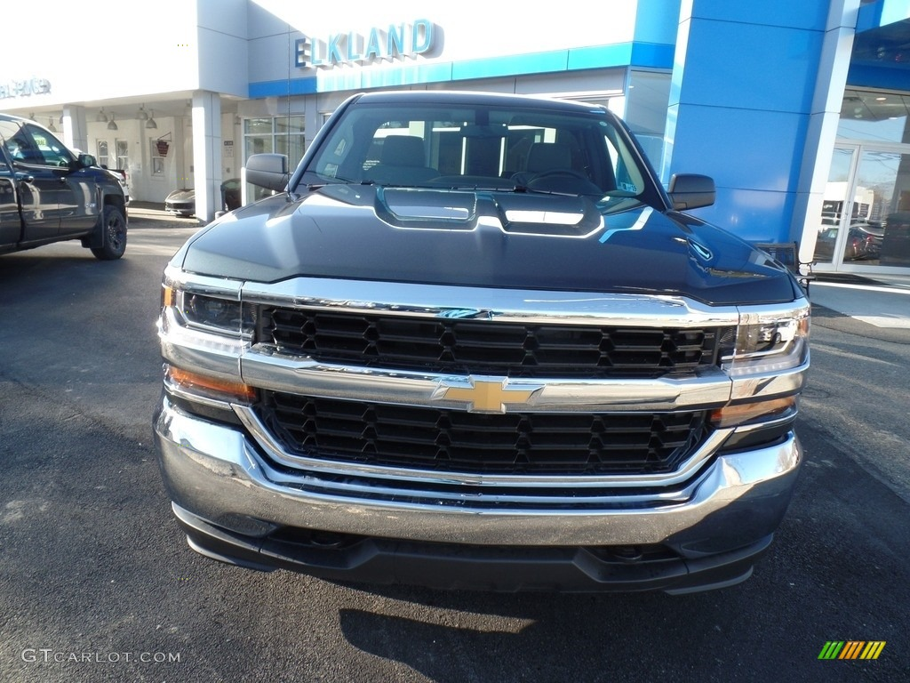 2018 Silverado 1500 WT Regular Cab 4x4 - Graphite Metallic / Dark Ash/Jet Black photo #2