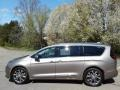 Molten Silver 2018 Chrysler Pacifica Limited