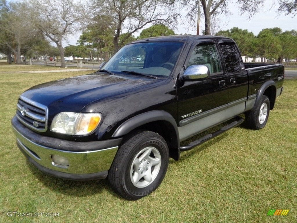 2000 Tundra SR5 Extended Cab 4x4 - Black / Gray photo #1