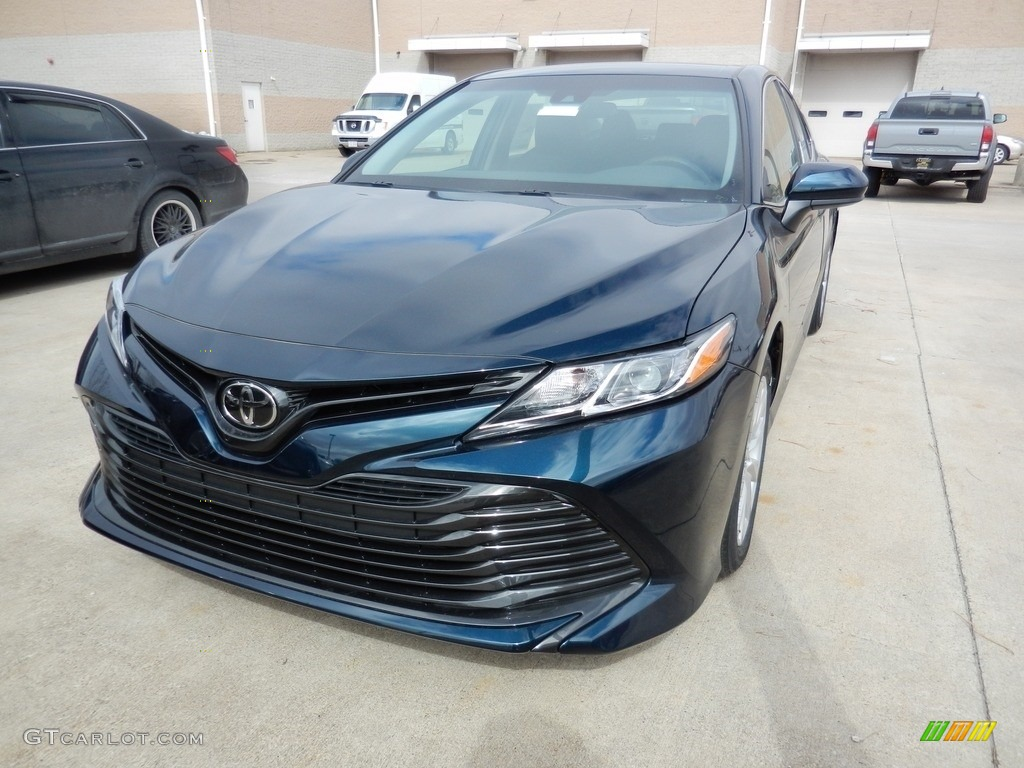 2018 Camry Le Galactic Aqua Mica Black Photo 1