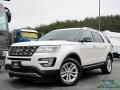 Oxford White 2017 Ford Explorer XLT