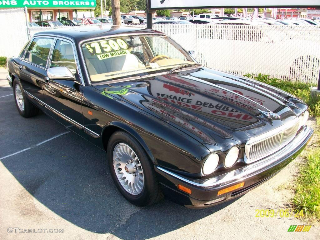 1996 black jaguar xj vanden plas 12632996. Black Bedroom Furniture Sets. Home Design Ideas
