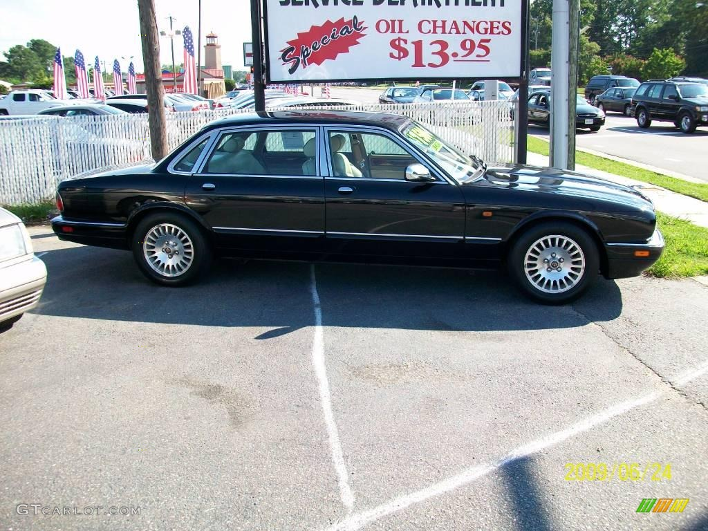 1996 black jaguar xj vanden plas 12632996 photo 2. Black Bedroom Furniture Sets. Home Design Ideas