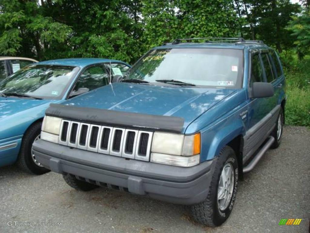 1994 jewel blue metallic jeep grand cherokee se 4x4 12643708 photo 5 car. Black Bedroom Furniture Sets. Home Design Ideas