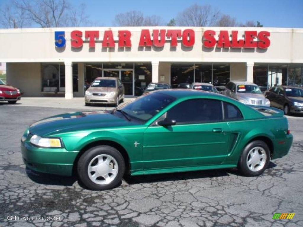 2000 Mustang V6 Coupe - Electric Green Metallic / Medium Parchment photo #1