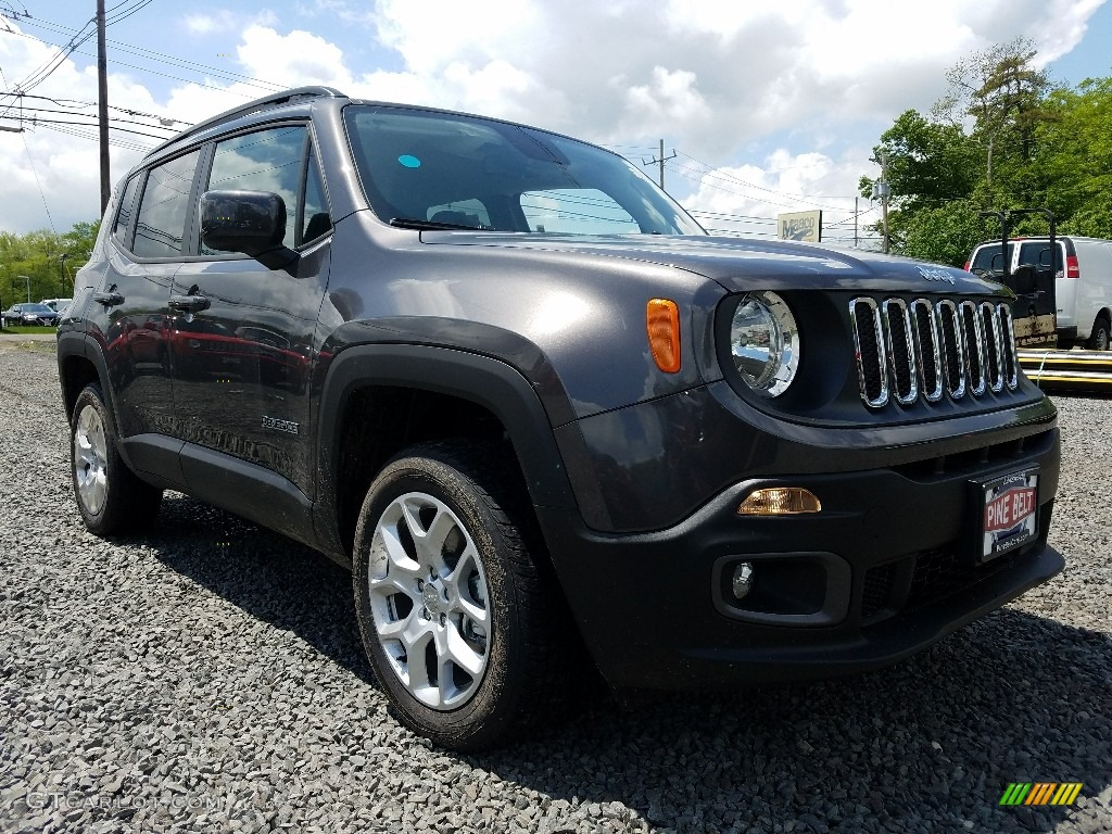 2018 Renegade Latitude 4x4 - Granite Crystal Metallic / Black photo #1