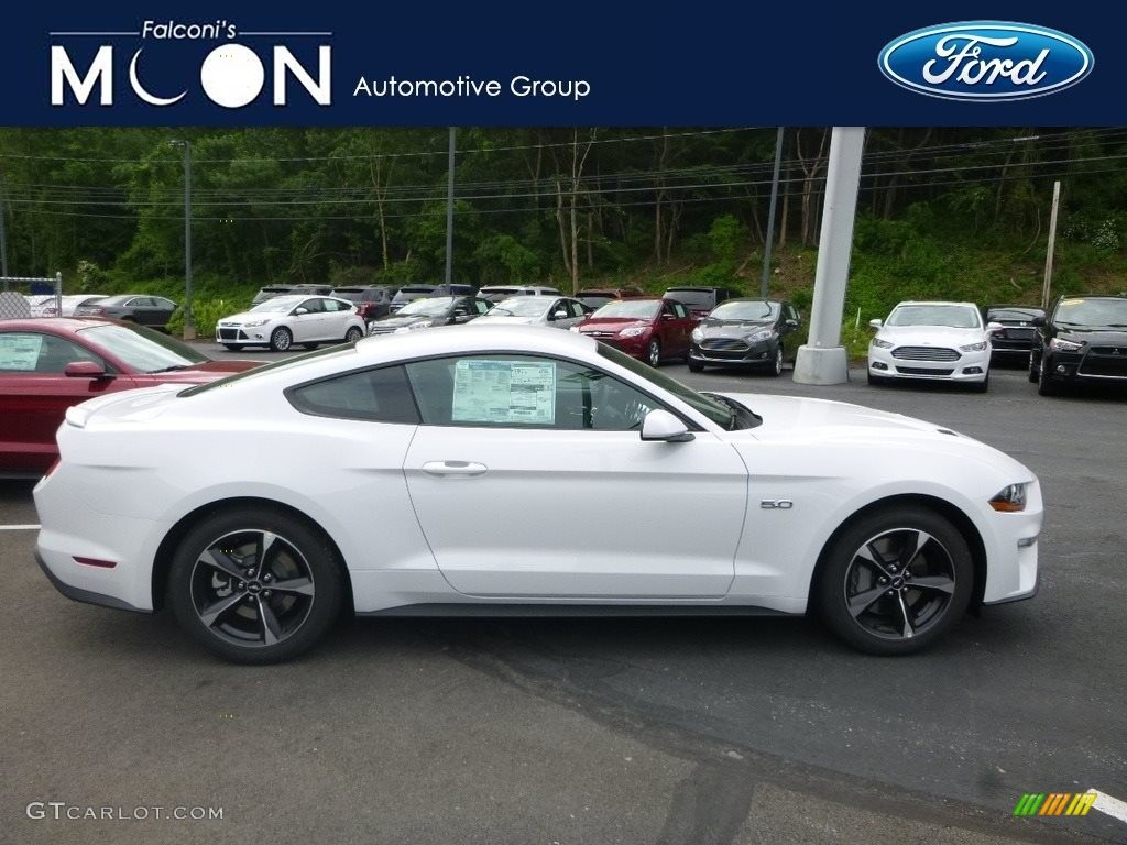 2018 Mustang GT Fastback - Oxford White / Ebony photo #1