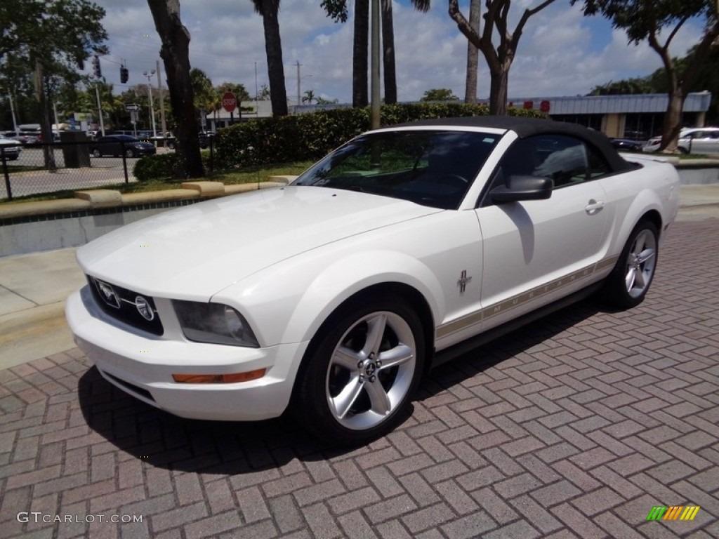 2007 Mustang V6 Premium Convertible - Performance White / Medium Parchment photo #34