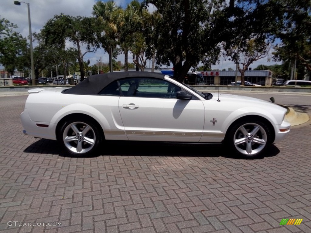 2007 Mustang V6 Premium Convertible - Performance White / Medium Parchment photo #44