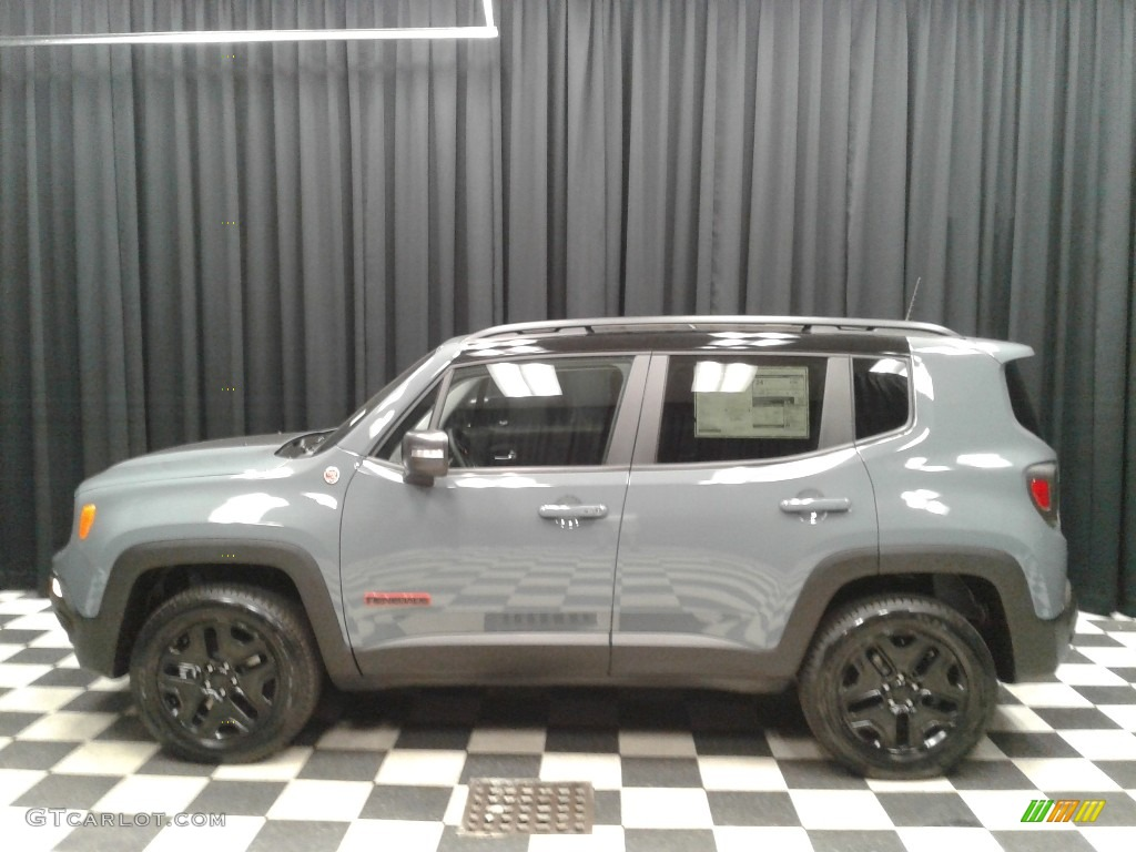 2018 Renegade Trailhawk 4x4 - Anvil / Black photo #1