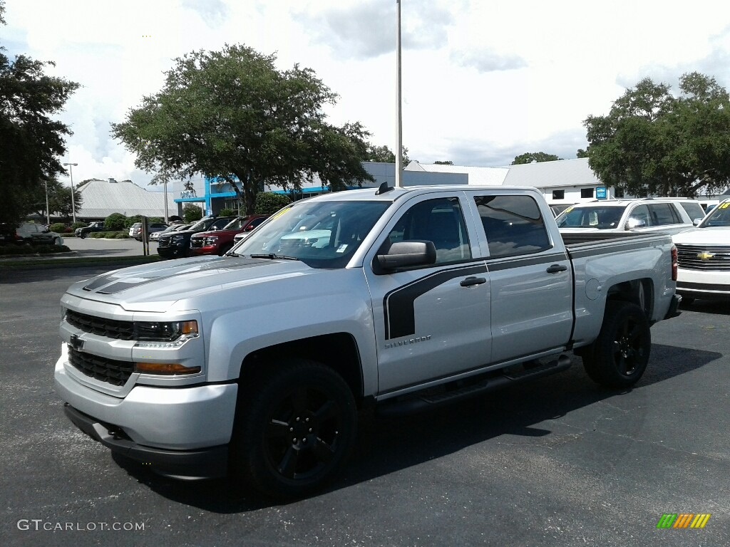 2018 Silverado 1500 Custom Crew Cab 4x4 - Silver Ice Metallic / Dark Ash/Jet Black photo #1
