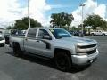 2018 Silver Ice Metallic Chevrolet Silverado 1500 Custom Crew Cab 4x4  photo #7