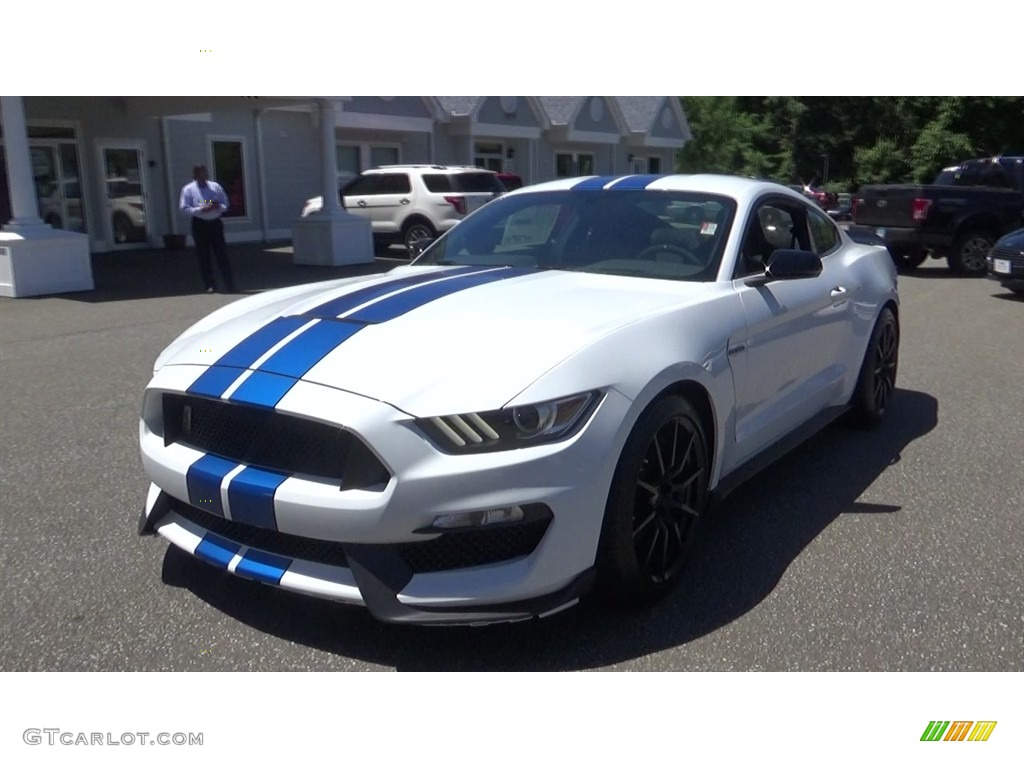 2018 Mustang Shelby GT350 - Oxford White / GT350 Ebony Recaro Cloth/Miko Suede photo #3