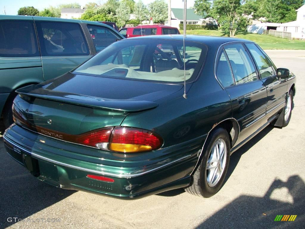 1996 dark green metallic pontiac bonneville se 12805844. Black Bedroom Furniture Sets. Home Design Ideas