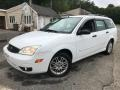 Cloud 9 White 2005 Ford Focus Gallery