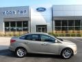 2015 Tectonic Metallic Ford Focus SE Sedan #128478462