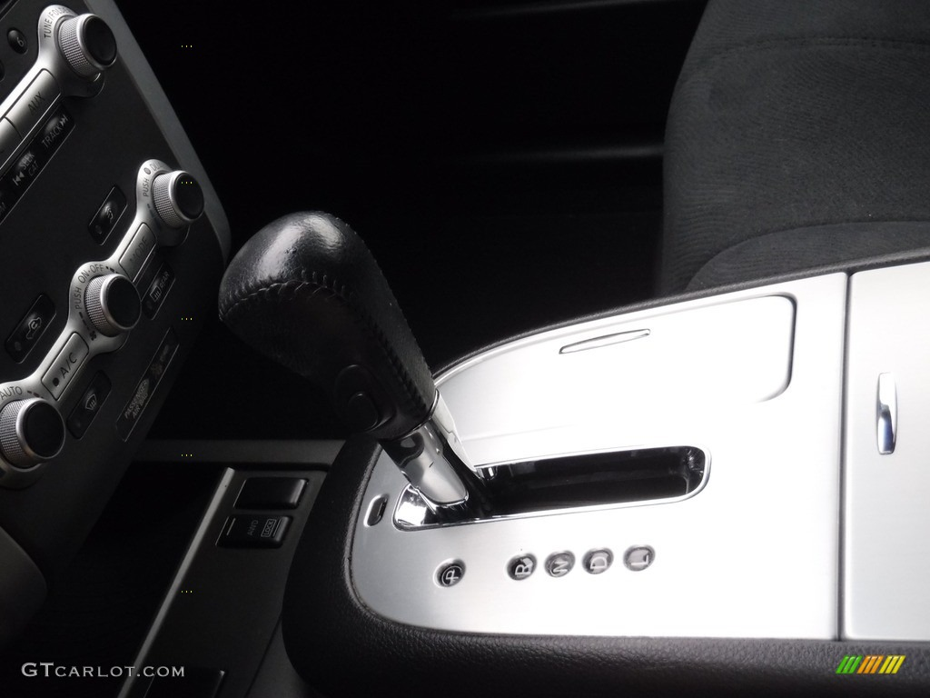 2011 Murano SV AWD - Super Black / Black photo #17